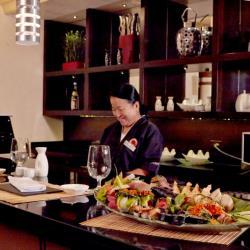 Omakase Sushi Bar